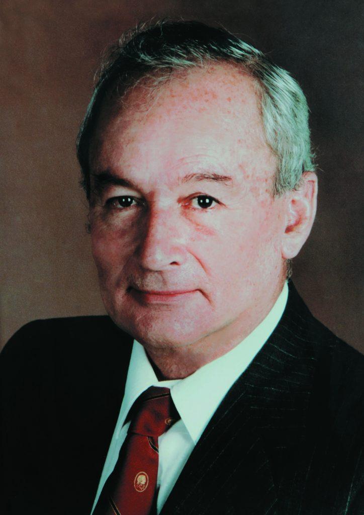 Dr. Manuel F. Ayau C_cha